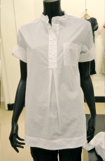 RETAIL REPORT -- SHOPPING DOWNTOWN CHICAGO: Woven Tops