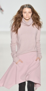 Womens-Winter-Holiday-2015-Trend-COlor_07