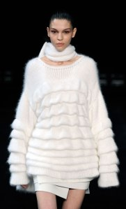 Womens-Winter-Holiday-2015-Trend-Key-Points_04